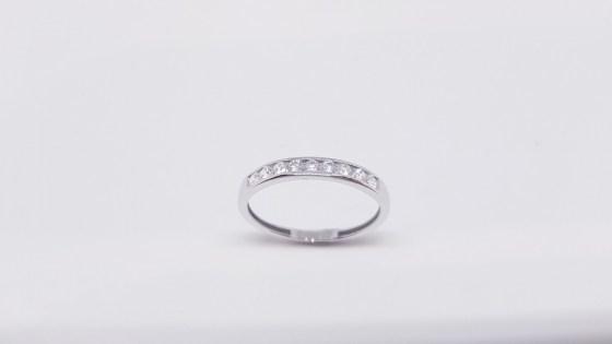 55eb4b4e38d3 anillo-oro-media-alianza-blanca